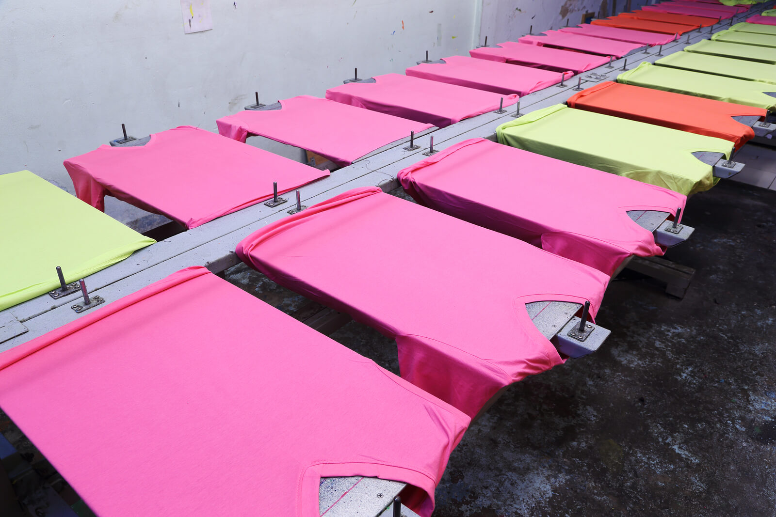 Silk screen printing singapore cheap and durable for T shirts silk screen printing